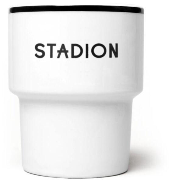 stadion_kubek_czarny