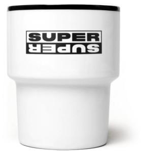 super_super_lustro_kubek_czarny