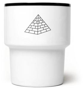 piramida2_kubek_czarny